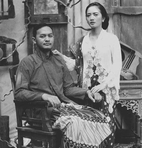 We did not find results for: Foto Prewed Pakai Sakral Psht : 15 Foto Prewedding Sakral Dengan Pakaian Adat Indonesia
