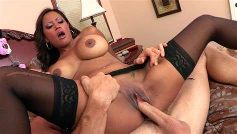 Tity Foxy Dick Banged Her Asshole With Big Penis