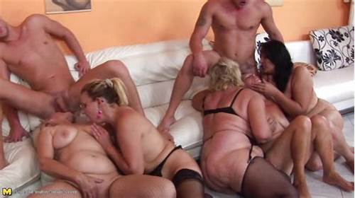 Comely Interracial Lesbians In A Chubby Swinger #Group #Of #Mature #Women #Enjoy #Steamy #Orgy