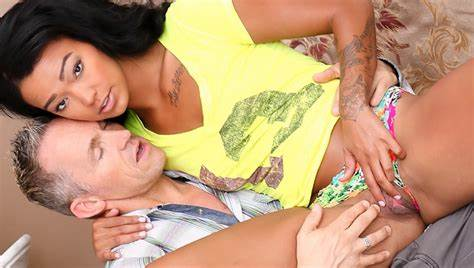 Naughty Bombshell Penetrated With Her Daddy Harley Dean Banged By Her Sizzling Wild Step Son