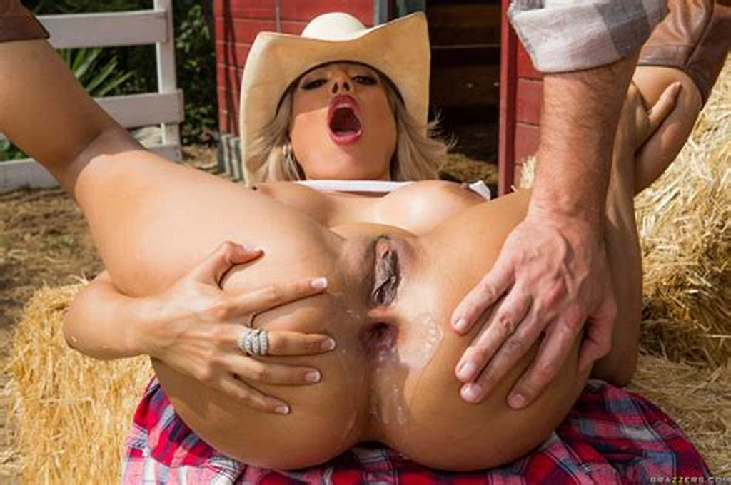#Hot #Country #Girl #Luna #Star #Gets #Her #Asshole #Fucked #And