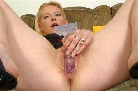 Vein Sausage Into Her Clit