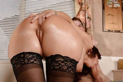 Sore Asshole Porn In The Toilet Troy #Milf #In #Stockings #Syren #De #Mer #Takes #A #Painful #Ass #Fucking