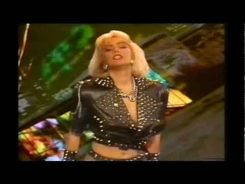 Denise & the Beastie Girls-Esta Noche